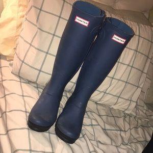 Hunter blue matte boots 👢